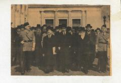 Photograph of Rabbi Silver, surrounded by other Rabbis who marched during the 'Rabbis March', 1943