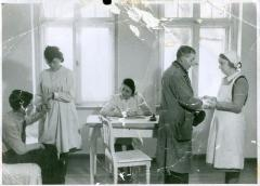 Photo Trudy Coppel working as a Nurse in DP Camp