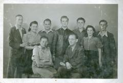 Photo Teenage Werner Coppel with Group