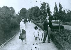 Photo of Kaiser Family in Frankfurt, Germany