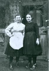 Anna Brünn (Ornstein) and friend